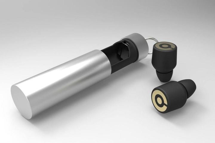 Τα μικροσκοπικά ασύρματα ακουστικά που σαρώνουν στην αγορά (Video)