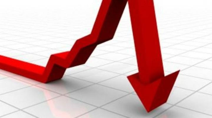 Μείωση φόρων, παρά τις πιέσεις ΔΝΤ-Ε.Ε., για αύξηση ΦΠΑ
