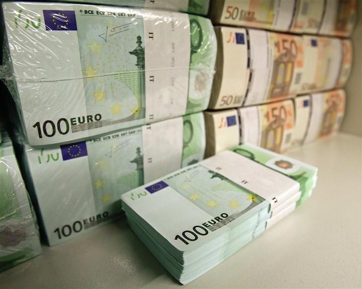 Πέντε δισ. ευρώ ο ετήσιος τζίρος του παράνομου τζόγου