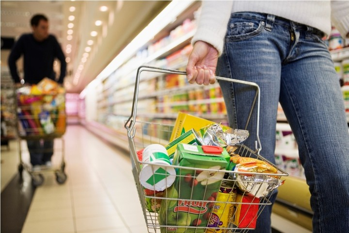 Ο πακτωλός των δισ στα ταμεία των σουπερμαρκετ – Τι δείχνουν οι ισολογισμοί