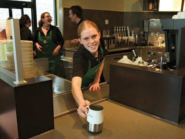 Starbucks VS Mikel; Οι μειώσεις και ο ανταγωνισμός
