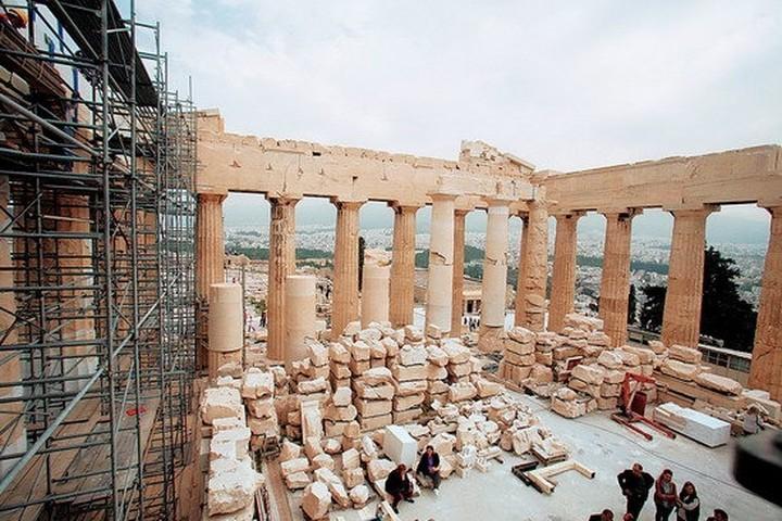 Η κρίση πλήττει τα μνημεία