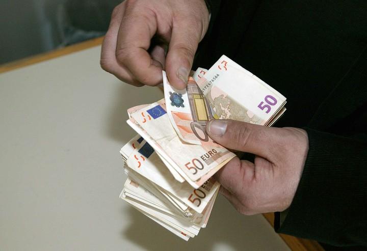Φόροι και εισφορές «όλα σε ένα»: Η νέα διαδικασία είσπραξης