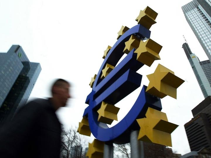 Τριήμερο... στελεχών της ΕΚΤ για τα stress tests των τραπεζών