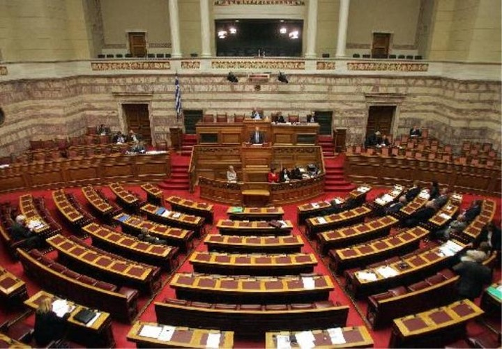 Τα νέα νομοσχέδια- ηλεκτροσόκ για το Μαξίμου