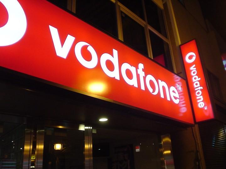 Η Vodafone η συμφωνία με την HOL και το κυνήγι του ενός δις ευρώ