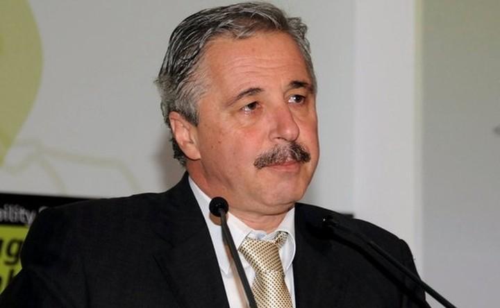 Η απελευθέρωση της αγοράς ενέργειας στη συνάντηση της τρόικας με το ΥΠΕΚΑ