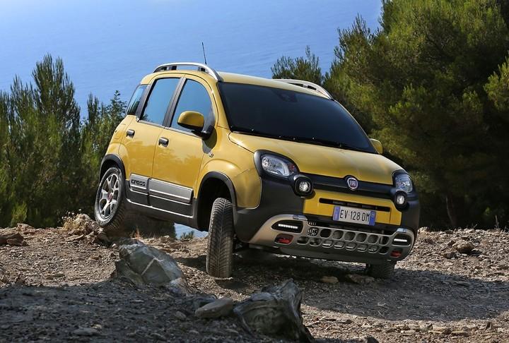 Fiat Panda Cross από 17.830 ευρώ
