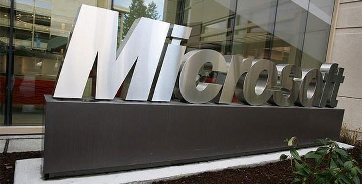F.T: Οργή προκαλεί απόφαση της Microsoft να καταργήσει θέσεις εργασίας στη Nokia