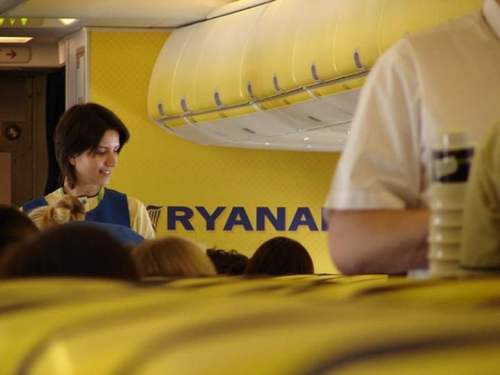 Nα υποβάλλει προσφορά για τις Κυπριακές Αερογραμμές σκέφτεται η Ryanair