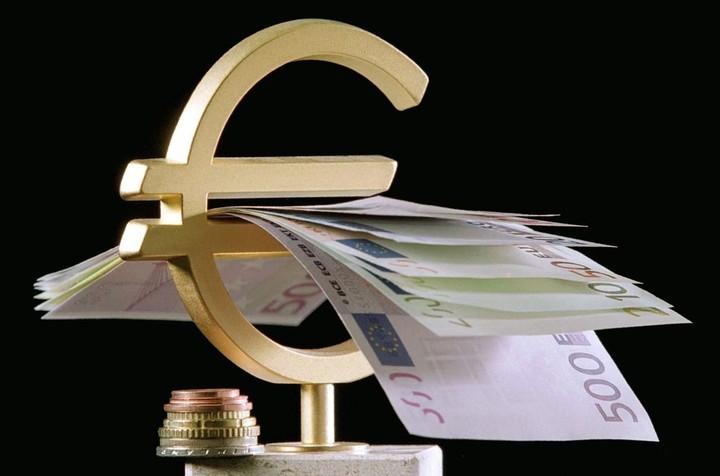 Απίστευτος όρος σε καταθετικό λογαριασμό μεγάλης τράπεζας