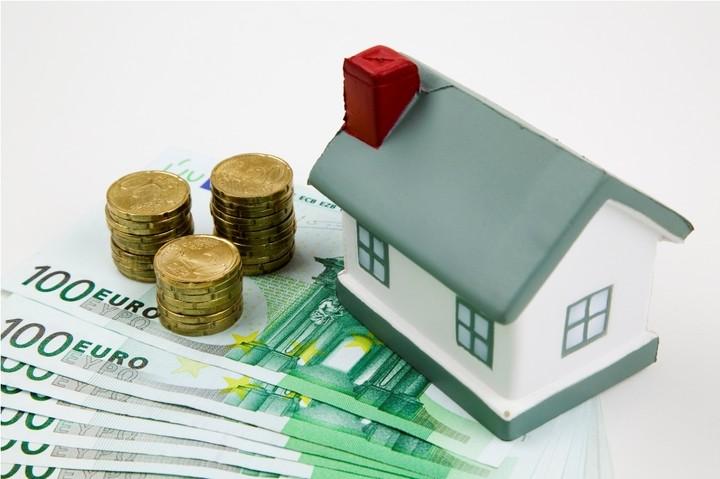 Infobank Hellastat: «Αγκάθι» τα μη εξυπηρετούμενα δάνεια για τις ελληνικές τράπεζες