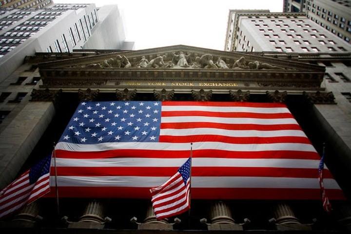 Η Fed μειώνει τις ενέσεις ρευστότητας στην αμερικανική οικονομία