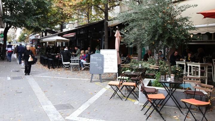 Η ελληνική πόλη με τις 1.674 καφετέριες!