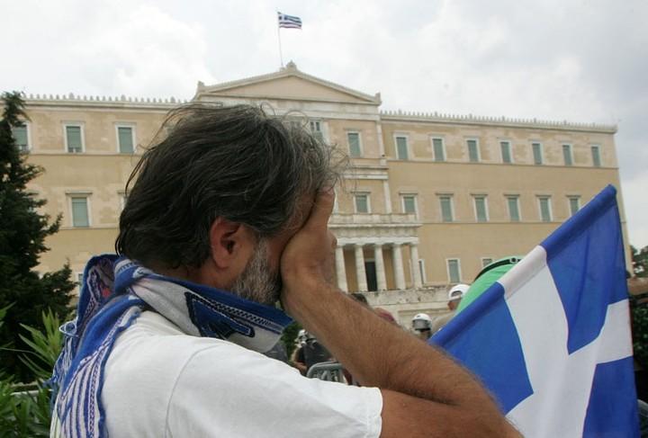Σχέδιο διάλυσης της τρόικας στην Ελλάδα από την Κομισιόν