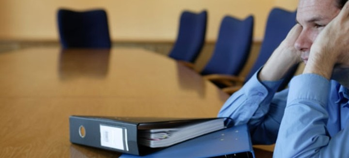 Παρέμβαση Αθανασίου για την κατ' οίκον έρευνα της εφορίας