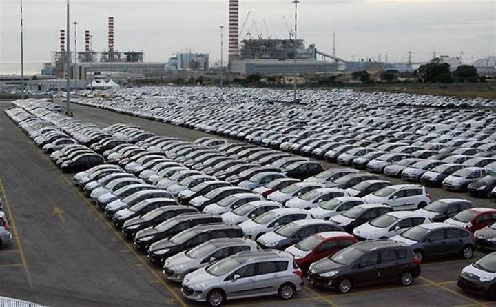 Απαλλάσσονται από την καταβολή τέλους αδείας τα αυτοκίνητα με φυσικό αέριο ή υγραέριο