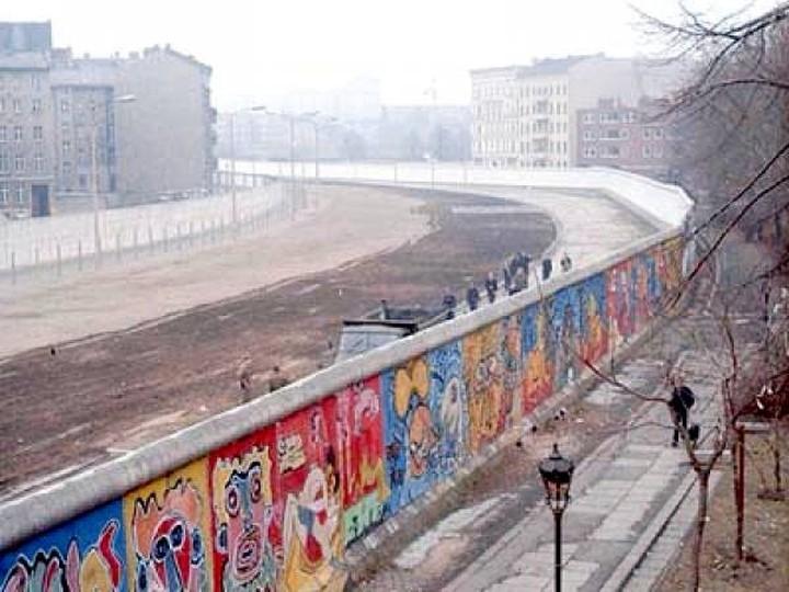 Το 19% των Γερμανών δεν γνωρίζουν την επέτειο του Τείχους του Βερολίνου