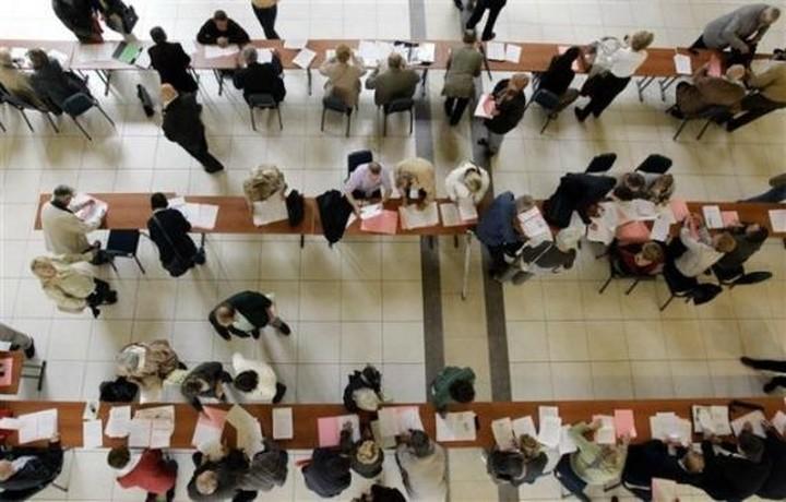 Οι δημόσιοι υπάλληλοι ζουν περισσότερο