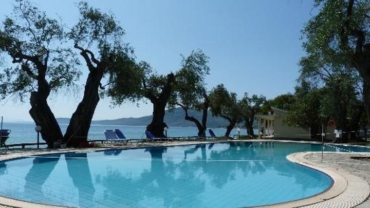 Ξενοδοχείο για... Εμίρηδες στην Κέρκυρα