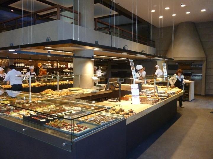 Ο φούρνος που έφερε ανακατατάξεις στην αγορά ψωμιού