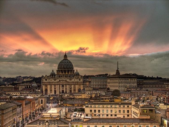 Ιταλία: Συρρίκνωση του ΑΕΠ το 2014, περιορισμένη ανάπτυξη το 2015