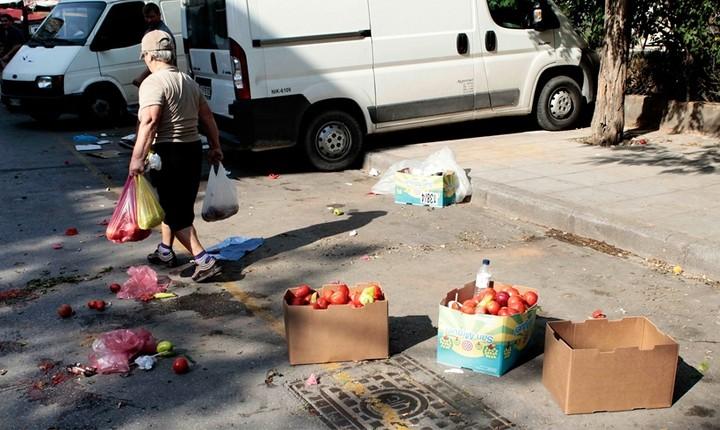 Eurostat: Ενας στους 3 Ελληνες κοντά στο όριο της φτώχειας