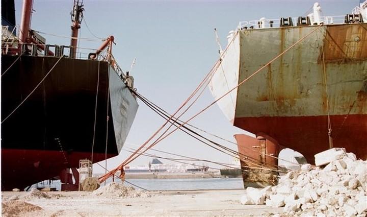 Απεργία την Πέμπτη των εργαζομένων στα λιμάνια