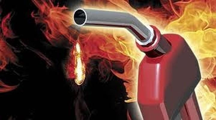 Ιδού γιατί δεν θα υποχωρήσουν ποτέ οι τιμές της βενζίνης και του πετρελαίου στην Ελλάδα