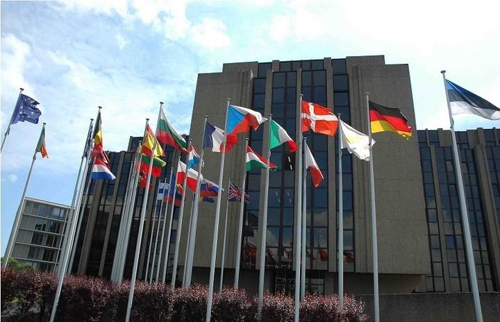 """Κύπρος: Τι αποφάσισε το Ευρωπαϊκό Δικαστήριο για το """"κούρεμα"""" των καταθέσεων"""