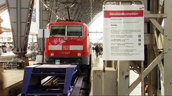 Η απεργία των μηχανοδηγών στη Γερμανία προκαλεί χάος