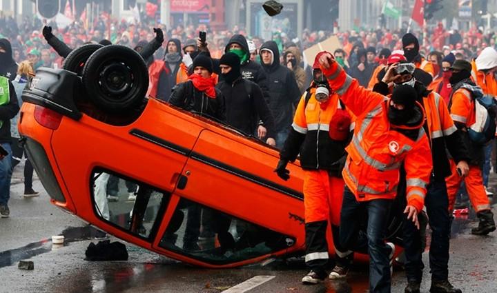 «Iστορική» κινητοποίηση, κατά της λιτότητας στο Βέλγιο
