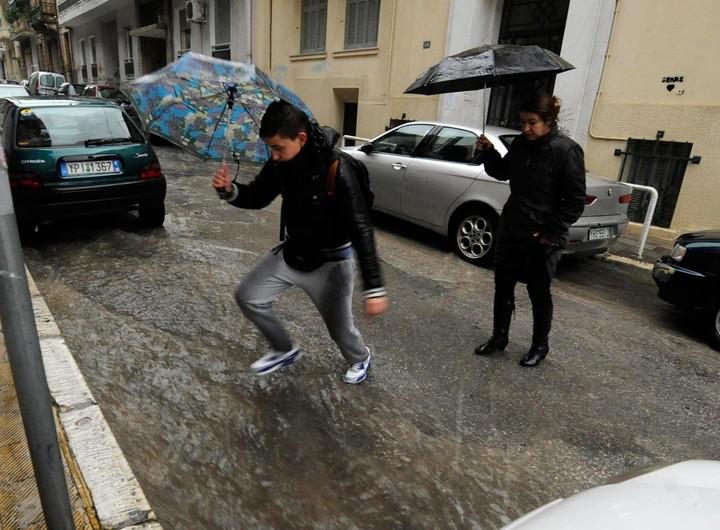 Συστάσεις προς τους πολίτες για την επιδείνωση του καιρού