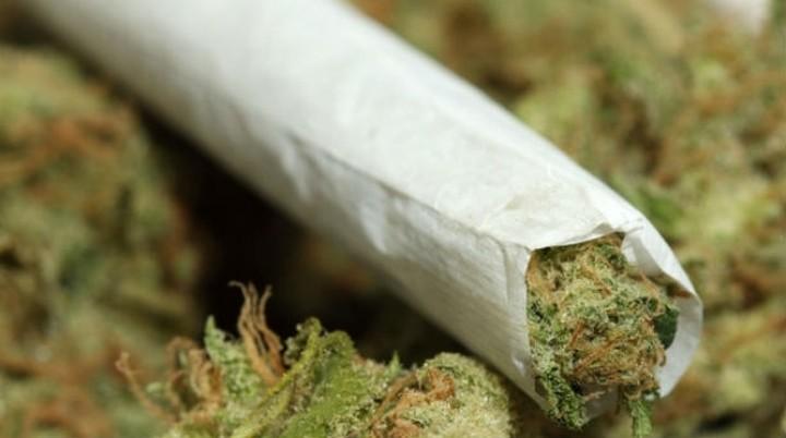 Η μαριχουάνα «τρώει» φαιά ουσία αλλά «γεννά» νευρωνικές διασυνδέσεις