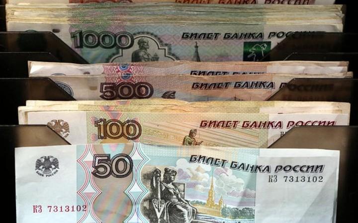 Μεντβέντεφ:Κανένας λόγος για περαιτέρω υποχώρηση του ρουβλίου