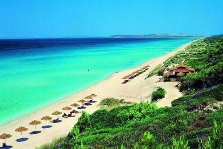 Frankfurter Rundschau: Η κλιματική αλλαγή απειλεί τις ελληνικές παραλίες