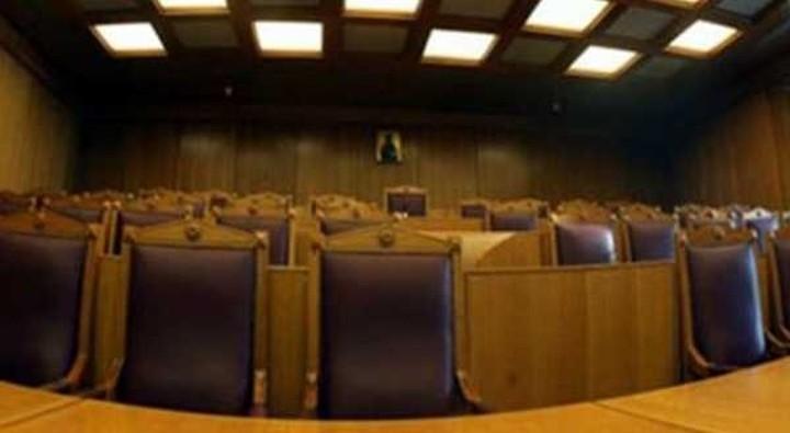 Καταψήφιση της τροπολογίας για μειωμένα αναδρομικά ζητούν οι δικαστές