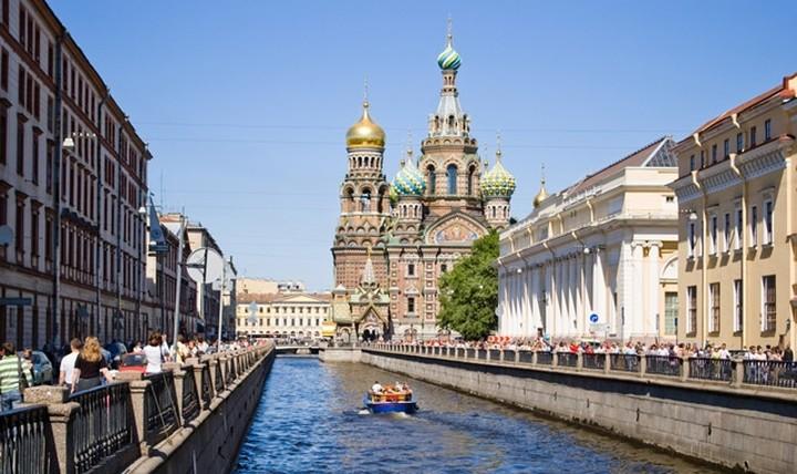 Ρωσία: Νέα μείωση του ρυθμού ανάπτυξης της οικονομίας