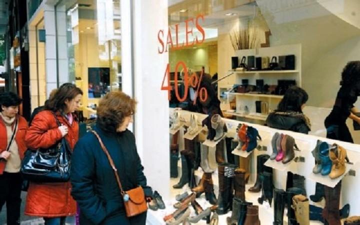 ΕΣΕΕ: Οι ενδιάμεσες εκπτώσεις απέτυχαν να τονώσουν την αγορά