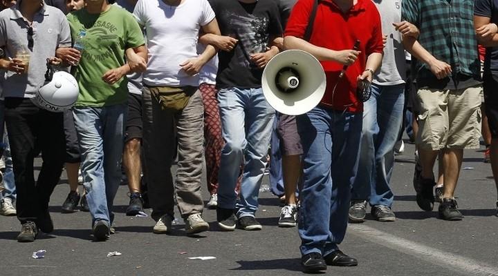 Διαδηλώσεις στην Ιταλία κατά των πολιτικών Ρέντσι