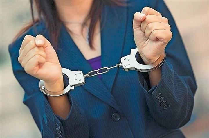 Σύλληψη 50χρονης για χρέη 9.344.129,58 ευρώ στο δημόσιο