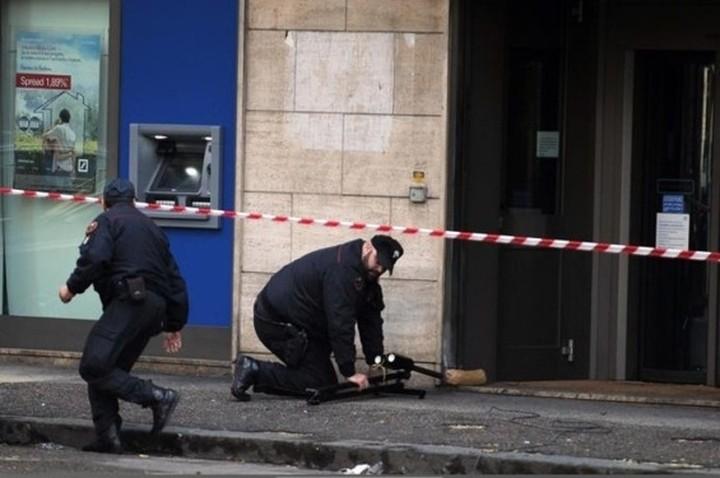 Βόμβα σε υποκατάστημα της Deutsche Bank στη Νάπολη