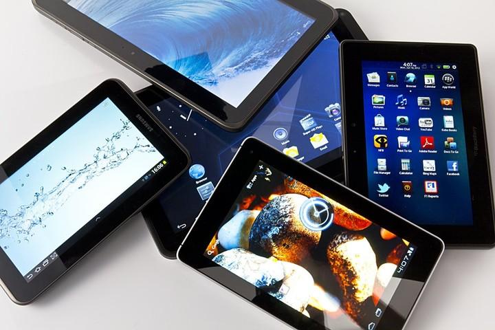 Πότε και πώς θα δοθούν τα δωρεάν tablet και οι συνδέσεις στο internet