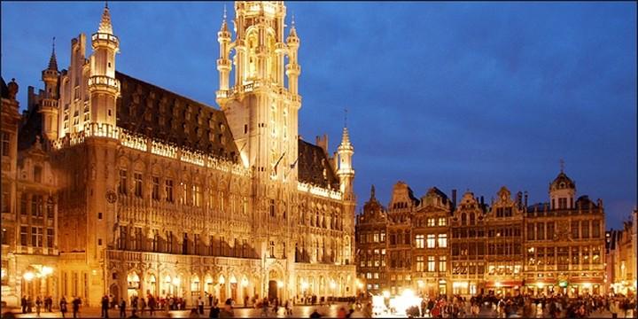 Βρυξέλλες και Βερολίνο ανησυχούν για τις οικονομικές εξελίξεις στη Ρωσία