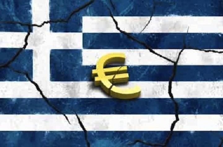 Telegraph: Εννέα λόγοι για τους οποίους πρέπει να φύγει η Ελλάδα από το ευρώ