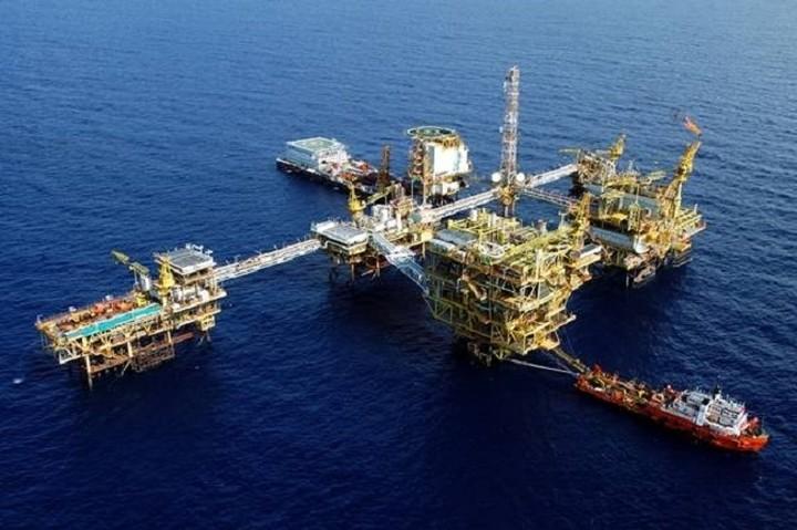 Στα χαμηλότερα επίπεδα πενταετίας το πετρέλαιο