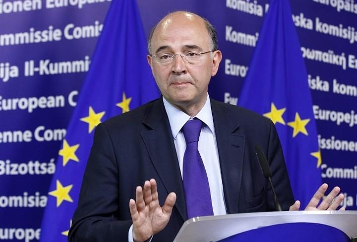 Λιγότερο «επεμβατική» επιτήρηση της ελληνικής οικονομίας ζητά ο Μοσκοβισί