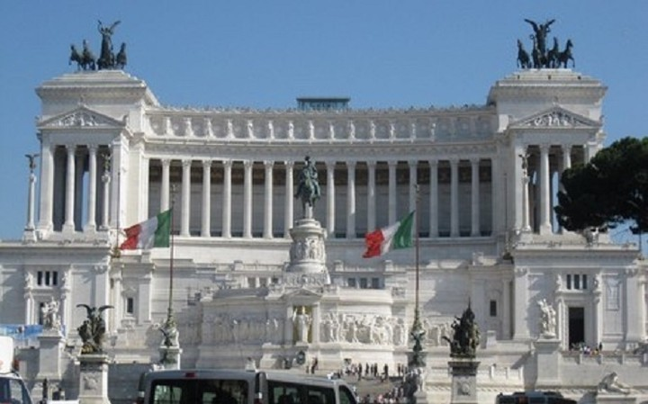 Ιταλία: «Ναι» στον προϋπολογισμό του 2015