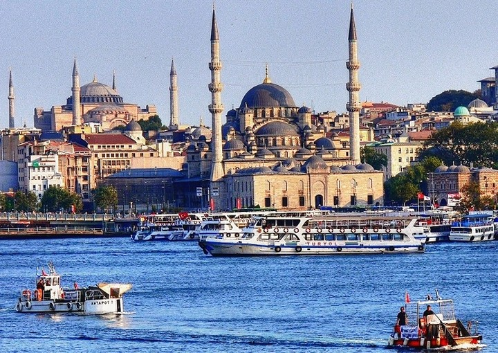 «Φρένο» στους ρυθμούς ανάπτυξης της Τουρκίας