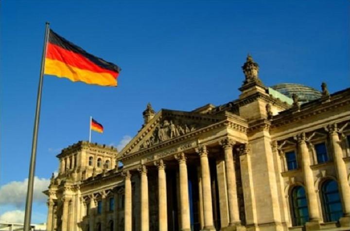 Γερμανία: Παρακολουθούμε στενά τις εξελίξεις στην Ελλάδα